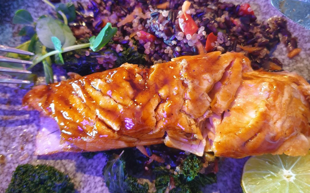 Honey glazed Salmon with Kale & Quinoa